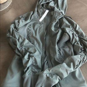 Lulu Lemon Green Reversible Jacket, size 6